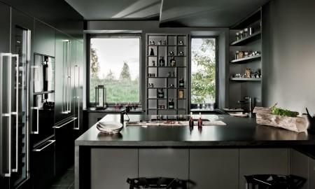 Ciemna kuchnia też może być elegancka