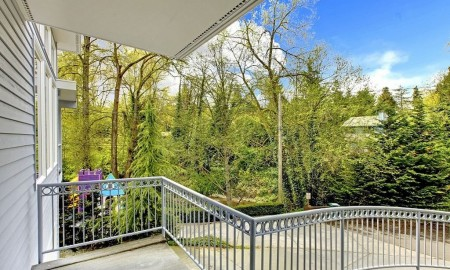 Zadbaj o balustrady balkonowe