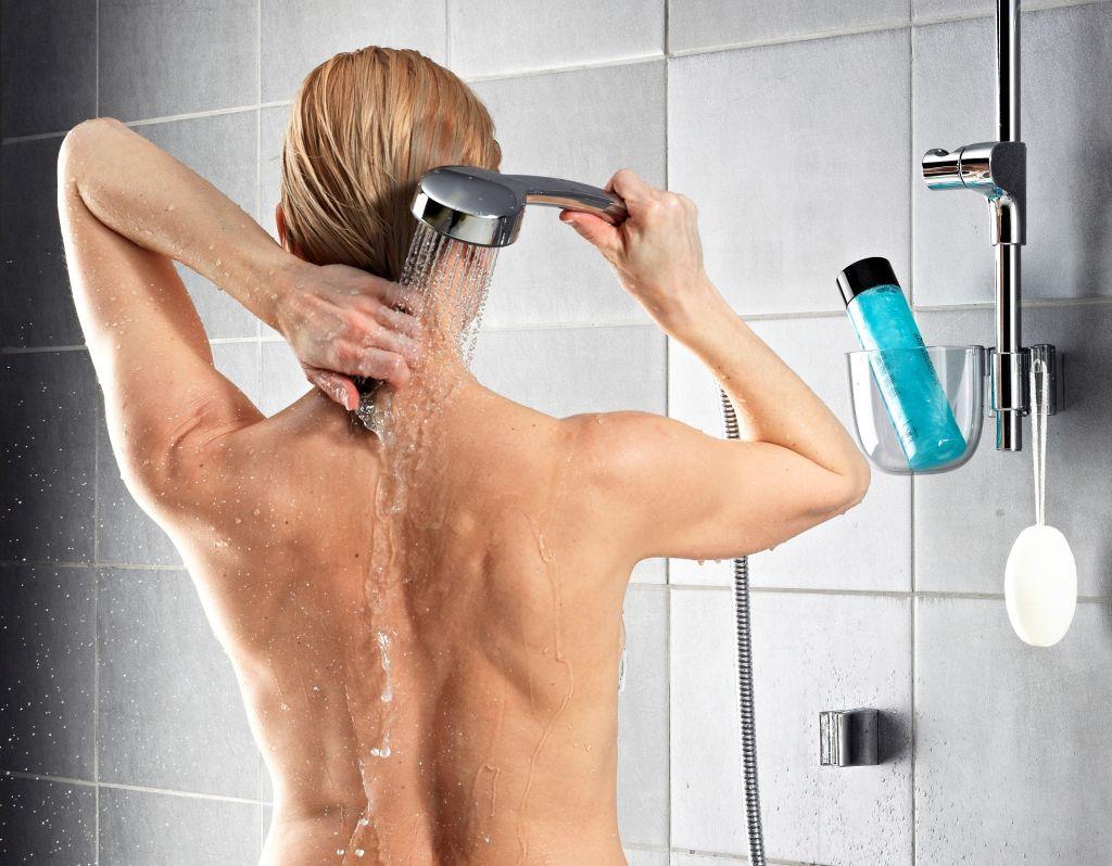 Chcesz oszczędzić wodę i prąd? Jaką powinieneś wybrać armaturę prysznicową?