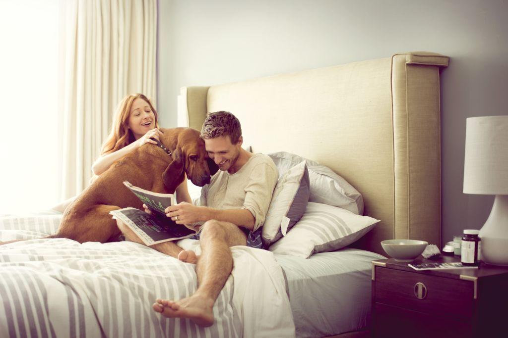 Dobry sen dla dwojga – czyli jak dobrze wyspać się w parze?