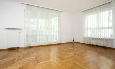 Mieszkanie narożne – warto kupić?