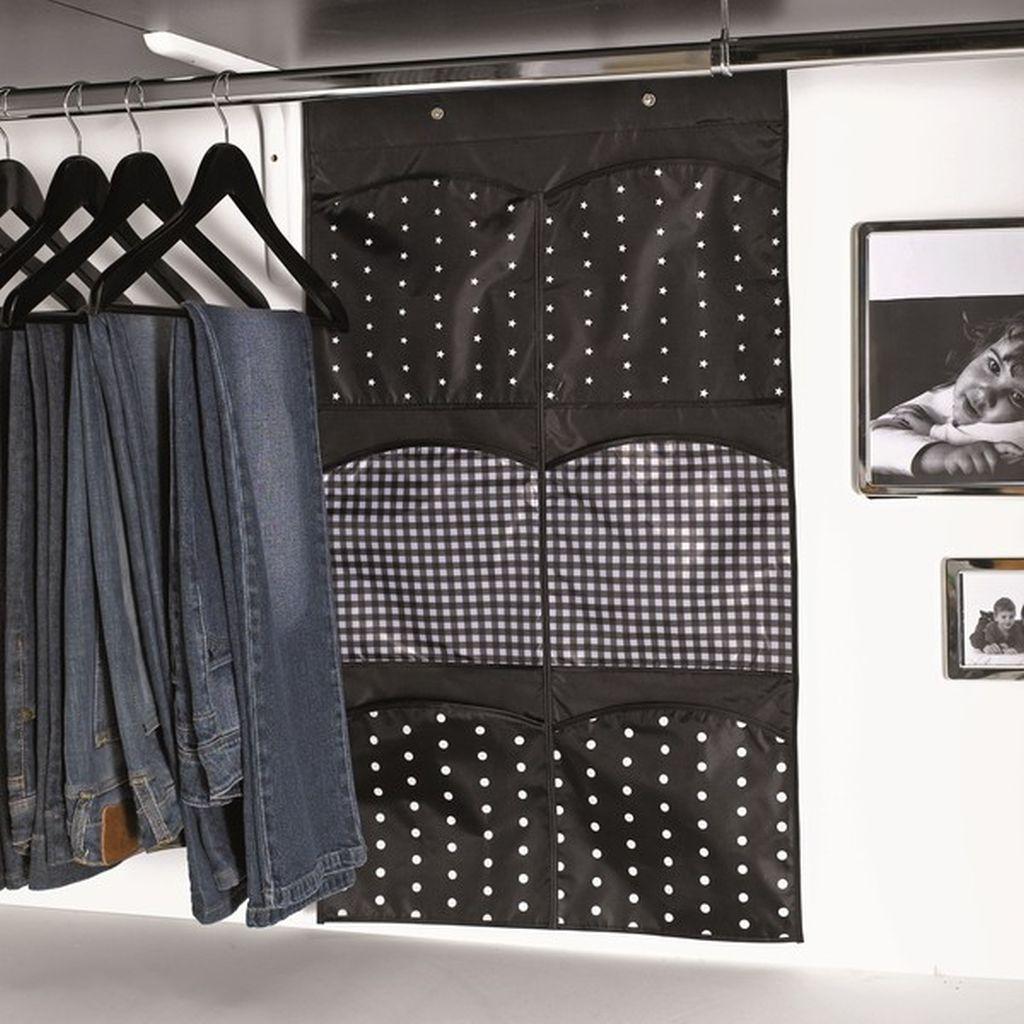Funkcjonalne pomysły na garderobę