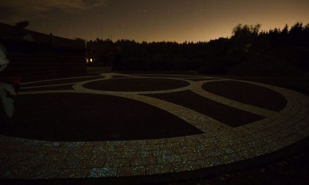 Rozświetl ogród nocą