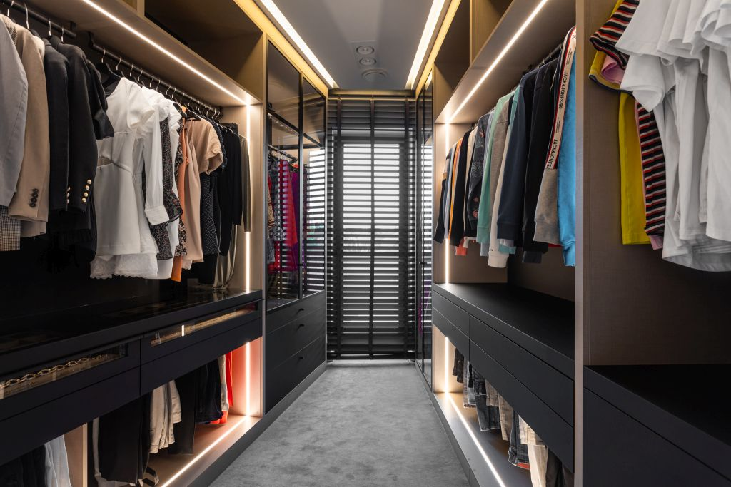 Garderoba – funkcjonalność na miarę każdego wnętrza
