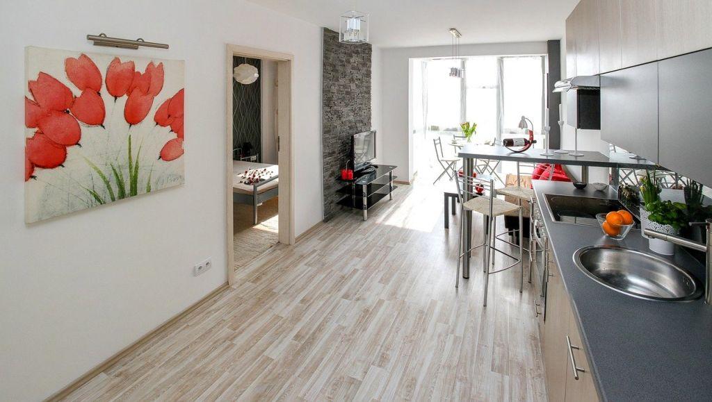 Praca zdalna szansą na zakup większego mieszkania